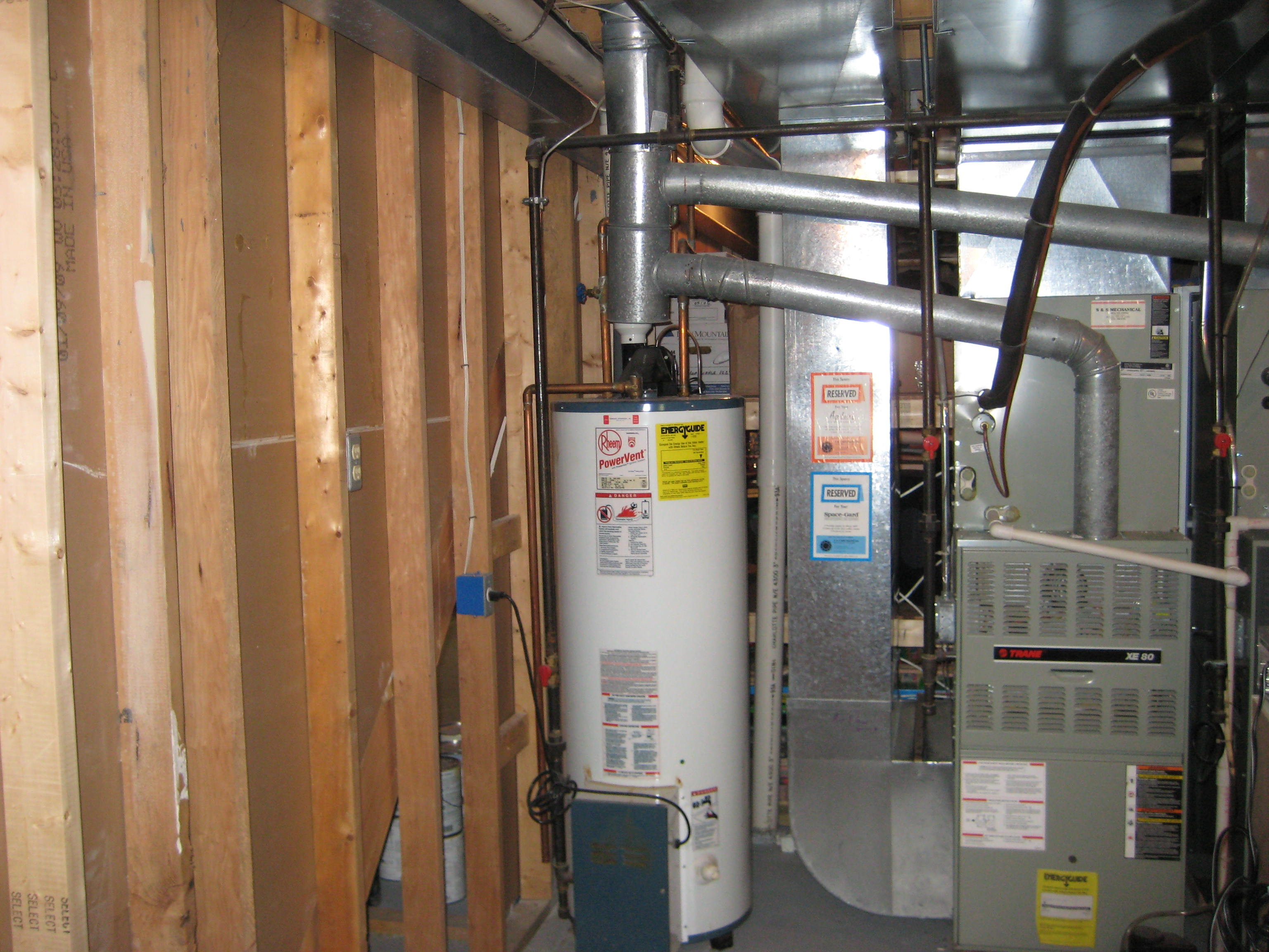 How to vent a hot water heater - Gas Water Heater